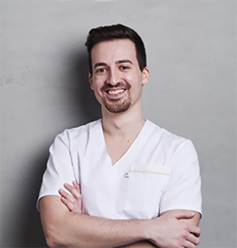 MVDr. Enrico Stefanizzi, Zvieracia klinika Pašek